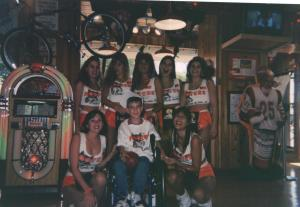 Hooters Picture